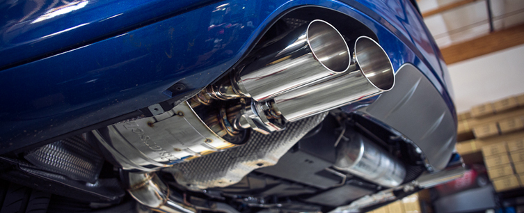 Meisterschaft Exhaust