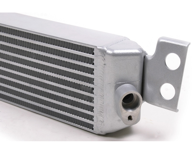 CSF-8025 | CSF Radiators Cast Endtank Race-Spec Engine Oil Cooler