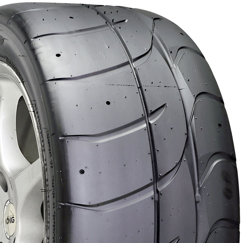 Nitto NT01 245 /45  R18  100Y XL BSW MB - 371110