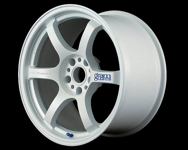 GramLights Ceramic White 57D Wheel 18x9.5 5-114.3 22mm
