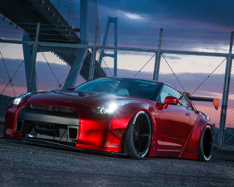 Liberty Walk Complete Body Kit Version 1 Nissan GT-R R35 09-16