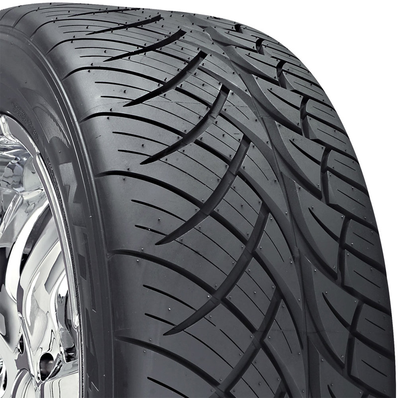 Nitto NT420S Tire 285 /35 R22 106W XL BSW - DT-40537