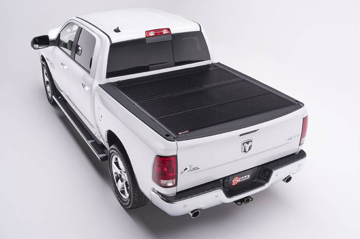 BAK Industries BackFlip F1 Hard Folding Tonneau Cover 5' Bed Toyota Tacoma 00-04 - 772404