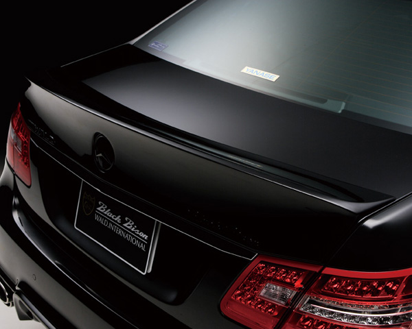 Wald International Black Bison Trunk Wing Mercedes-Benz E-Class 10-12 - W219.TL.06